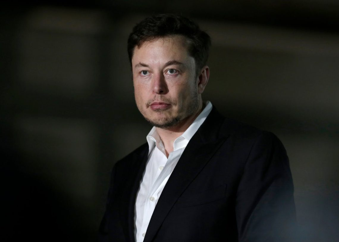 Elon Musk Says Tesla to Remain a Public Company